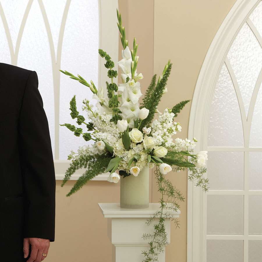 Wedding Altar Pedestal: Enchanted Love Altar Arrangement